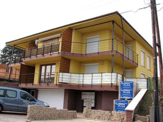 Társasház, Balatonalmádi